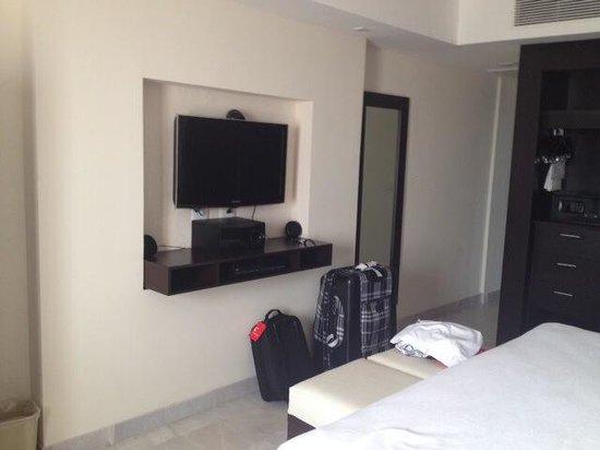 Occidental Nuevo Vallarta: TV