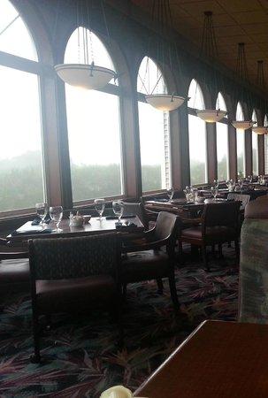 Shilo Restaurant : Ocean-view windows, if not for the fog...