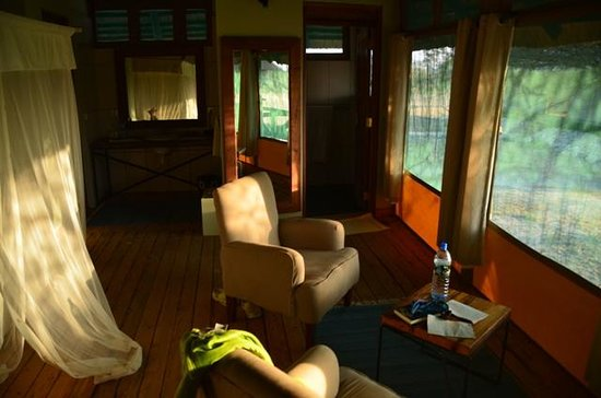 Maramboi Tented Camp: Family Suite - kid's room