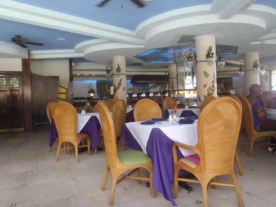 Accra Beach Hotel & Spa: Restaurant