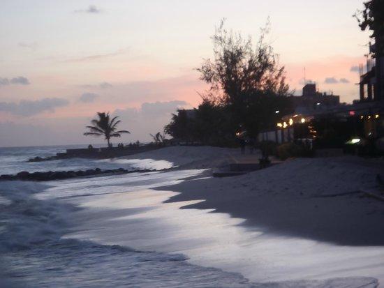 Accra Beach Hotel & Spa: Rockley Beach/Accra Beach