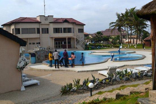 Ramada Resort Accra Coco Beach Pool