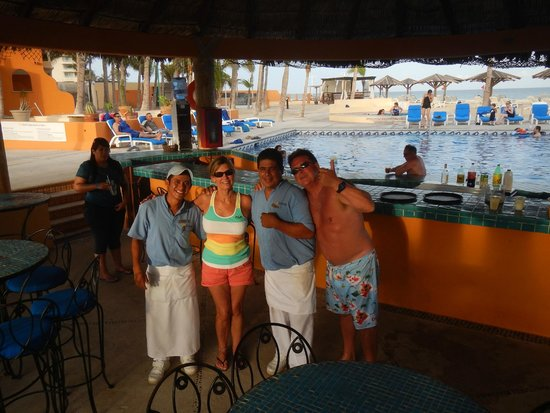 Posada Real Los Cabos: Wonderful waiters!