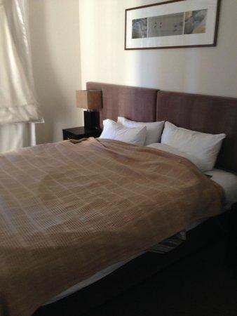 Paradise Centre Apartments: ベッド