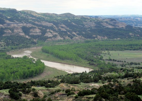 Watford City, ND: River Bend Overlook, Theodore Roosevelt National Park, ND - North Unit of Park