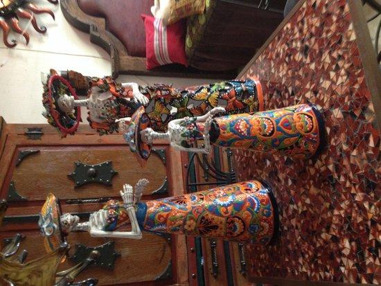 Tonala Craft Market: Katrinas