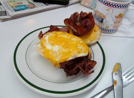 Sue-Z-Q's Family Dining: Look at that beautiful bacon!