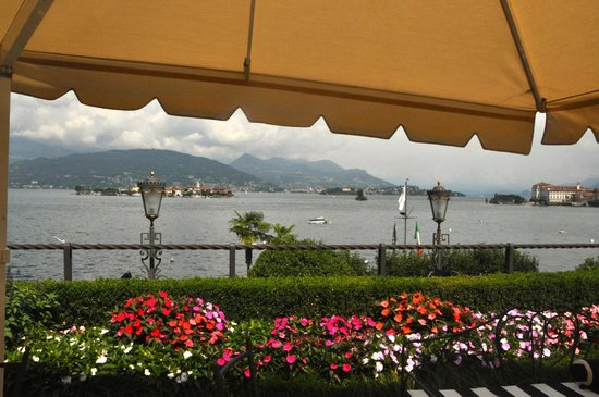 Hotel Villa & Palazzo Aminta : From the terrace overlooking the lake