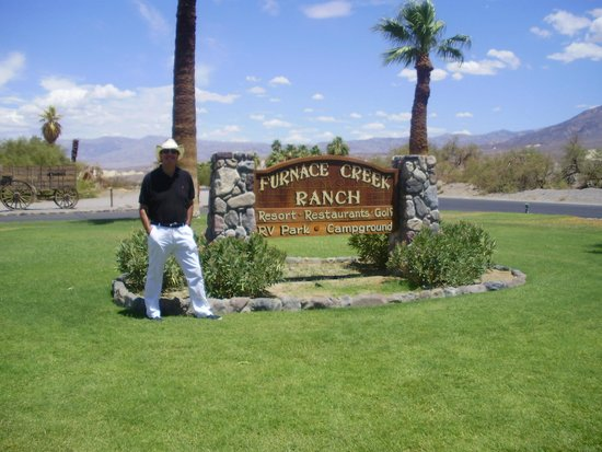 The Ranch at Death Valley: entrance