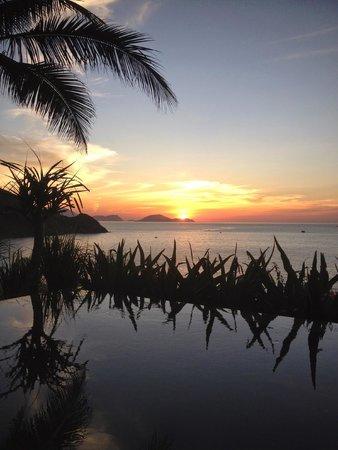 Mia Resort Nha Trang : Sunrise from room