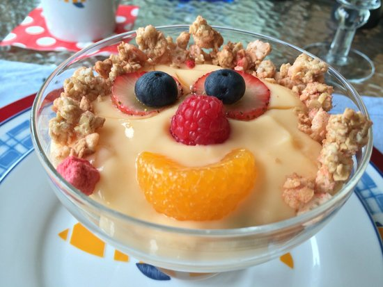 A Lighthouse on Hammersley Bed and Breakfast: Fruit and yogurt  Parfait ready for its closeup