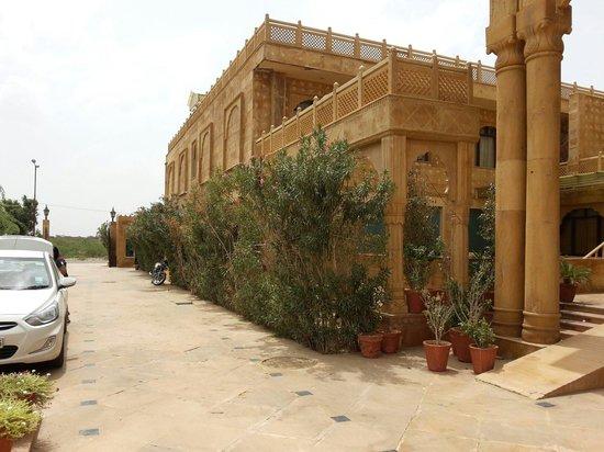 3 Palms Jaisal Vilas: Entrance