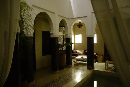 Riad Alnadine : Foyer