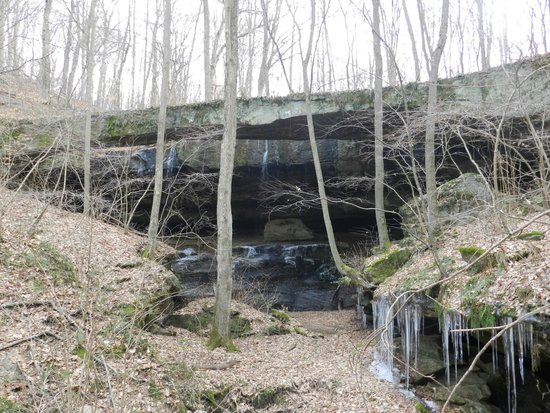 Rockbridge State Nature Preserve : downstream of the bridge