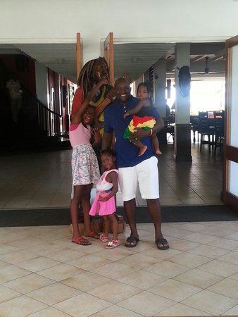 Royal Decameron Montego Beach : Me and my girls