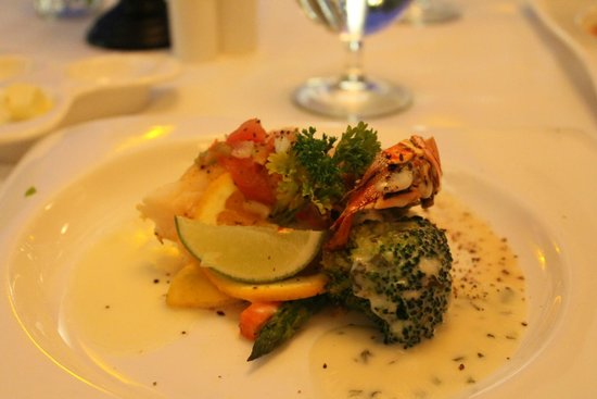 Sandals Royal Bahamian Spa Resort & Offshore Island : sea food very good