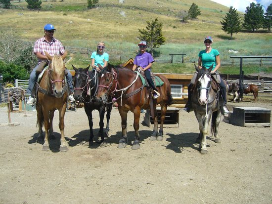 Flying Pig Adventure Company: Hells A Roaring- cowboy cookout