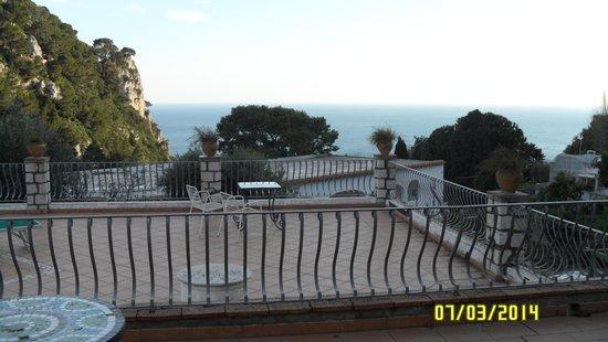 Hotel 4 Stagioni : Vista del cuarto