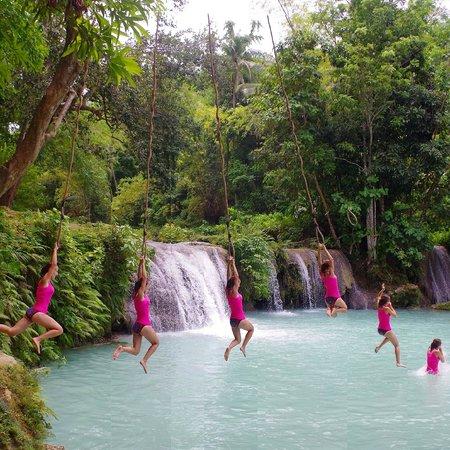 Cambugahay Falls : Tarzan's wife