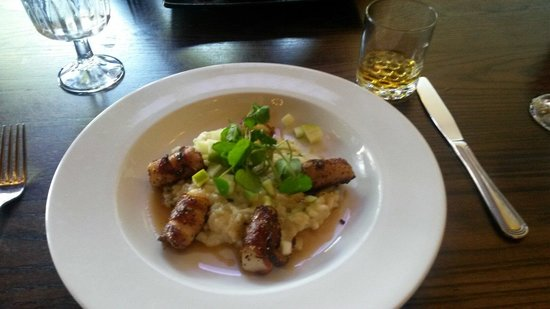 Jack and Tony's: Bacon wrapped scallops w/ risotto