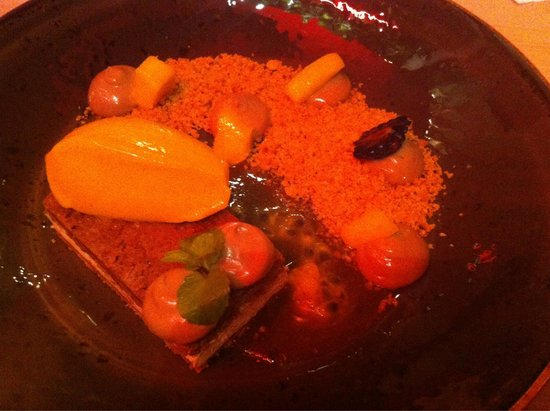 LouLou Restaurant: Delicious chocolate & hazelnut (praline-esque) parfait with mango sorbet, passion fruit & biscui
