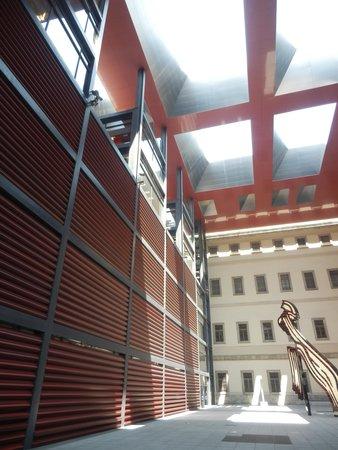Musée Reina Sofía : volumen y luz