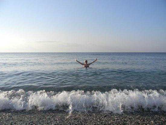 Crowne Plaza Hotel Antalya : Глубина нарастает быстро