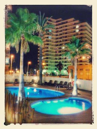 Hotel SantaMarta: Piscinas del hotel