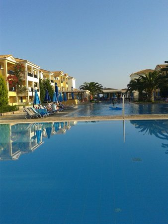 Alykanas Beach Apart-Hotel: pool area