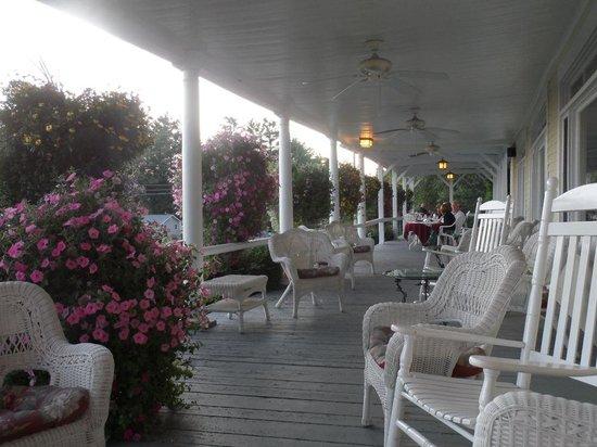 Bridgewater, NH: Magnifique porche