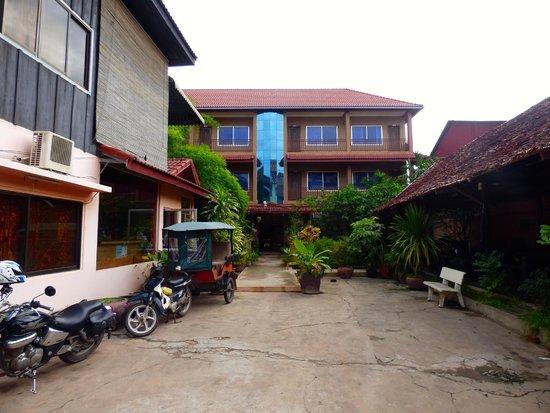 Angkor Secret Garden Hotel: Eingang