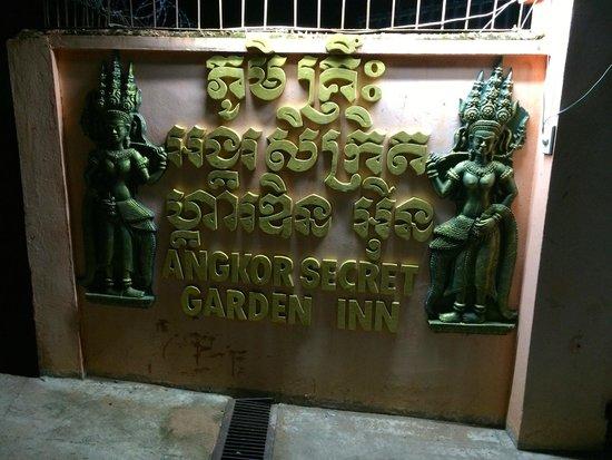 Angkor Secret Garden Hotel: Schild