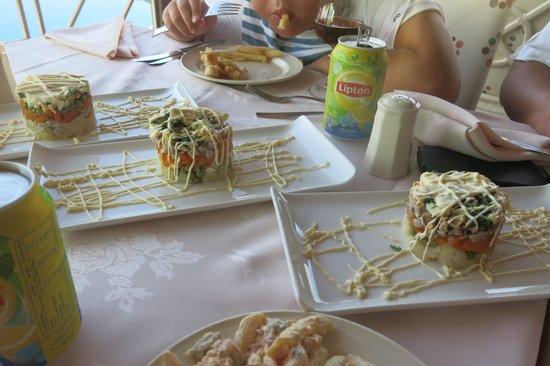 Aldemar Knossos Royal: Оливье - комплимент от шеф-повара Петраса