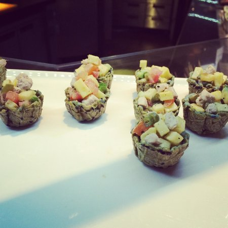 Oryx Rotana Doha: Buffet lunch