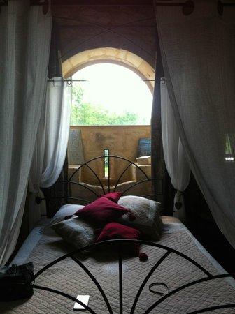 La Licorne : Interior of guest room.