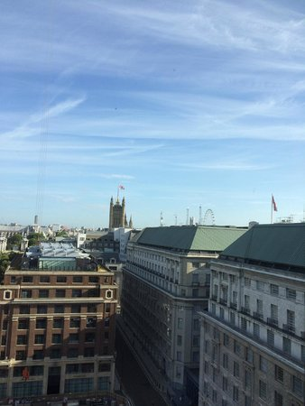 DoubleTree by Hilton London - Westminster: View from room