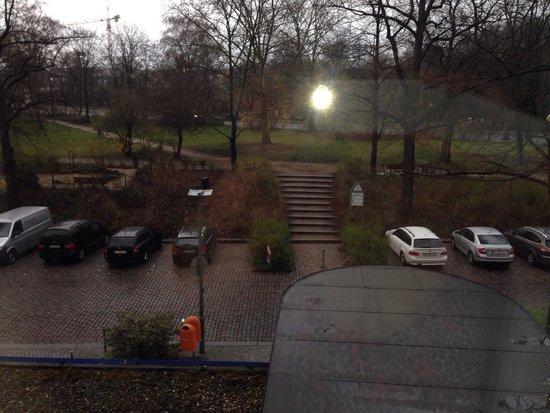 Holiday Inn Express Berlin City Centre: Вид с окна отеля