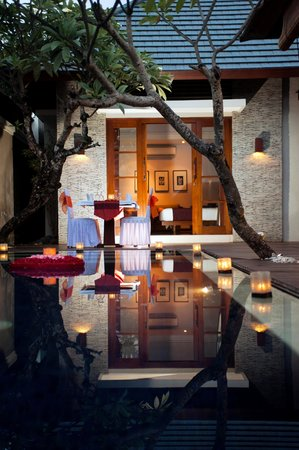 The Wolas Villas & Spa: Candle Light Dinner