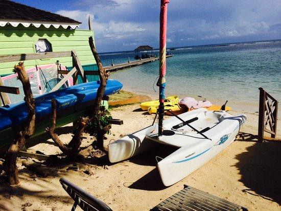 Coyaba Beach Resort: Beach
