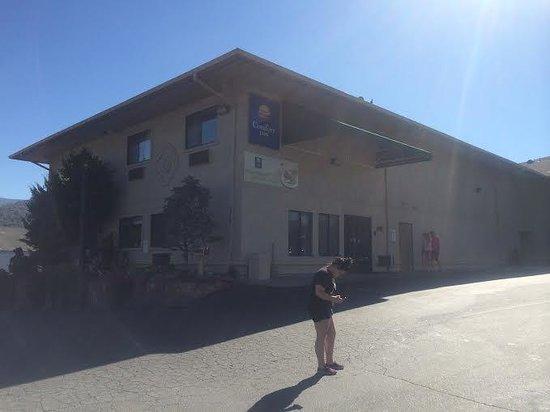 Comfort Inn Yosemite Area: exterior