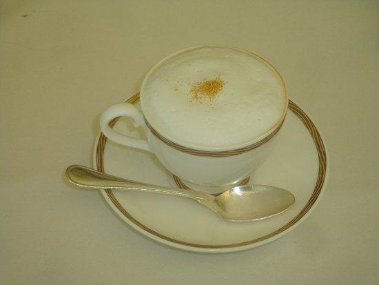 Burj al-Arab : Coffee with so-called Gold Dust !