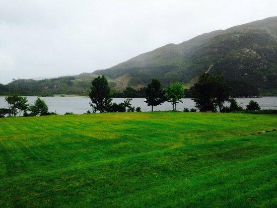 Craigag Lodge: Loch at Glenfinnan
