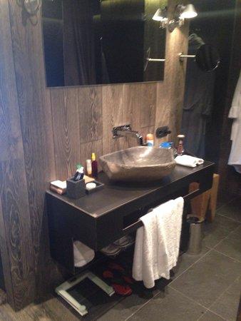 Grau Roig Andorra Boutique Hotel & Spa: Lavabo