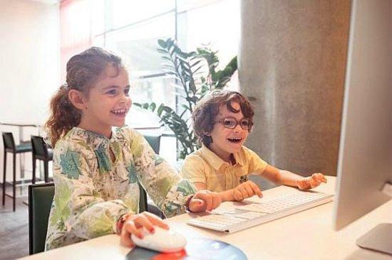 Novotel Suites Paris Roissy CDG : WEB CORNER