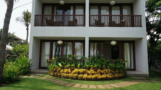Vinh Hung Emerald Resort: Private Balcony