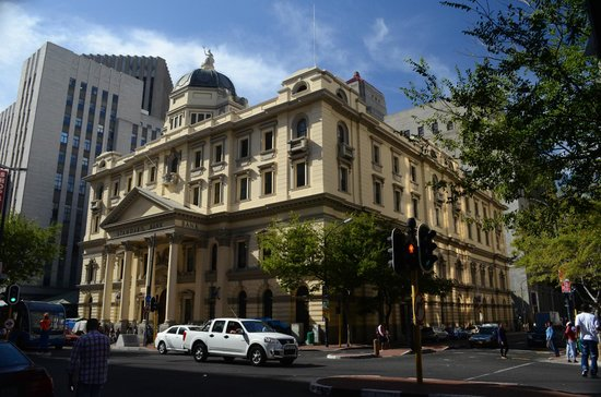 Taj Cape Town: The outside of the hotel