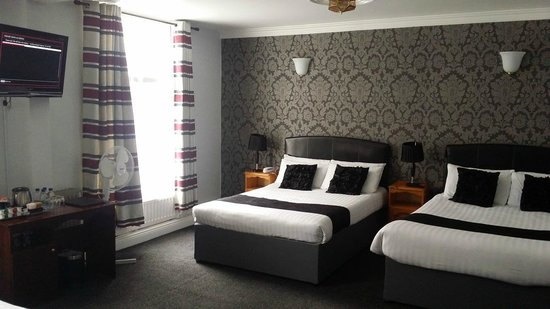 Kildare Street Hotel by theKeyCollection: Quad Room