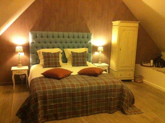 B Guest Bed & Breakfast: lit