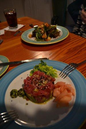 Morada Bay: Un tártar muy bueno y una ensalada