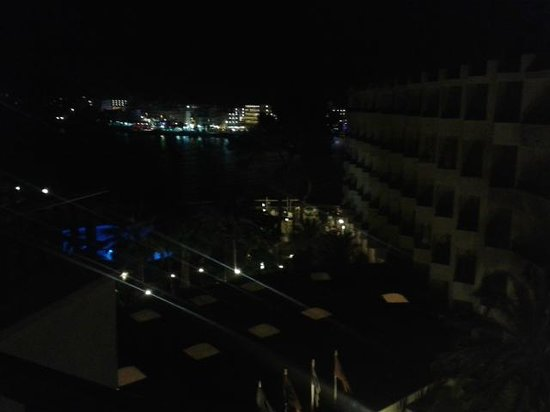 Intertur Hotel Miami Ibiza : Night time view from top floor room